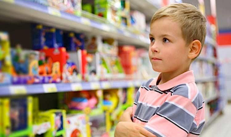 O colorido e o posicionamento dos produtos infantis incrementam as vendas